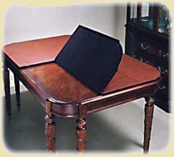 table pad with felt bottom